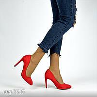 Женские туфли лодочки на шпильке красные эко-замша