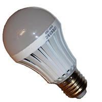 Светодиодная лампа с аккумулятором 7W