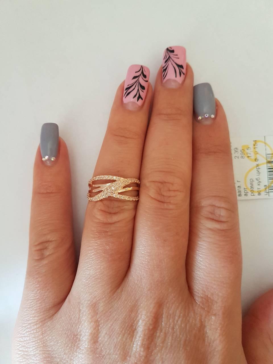 Золотое женское кольцо 585пробы.