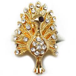 Кольцо Коктейльное под Золото Павлин с Белыми Стазами, Безразмерное