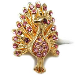Кольцо Коктейльное под Золото Павлин с Розовыми Стазами, Безразмерное