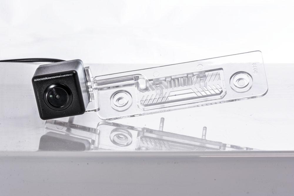 Штатна відеокамера Fighter CS-CCD+FM-17 (Skoda/Ford)
