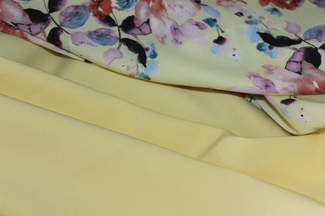 Ткань креп костюмка БАРБИ однотонная.
