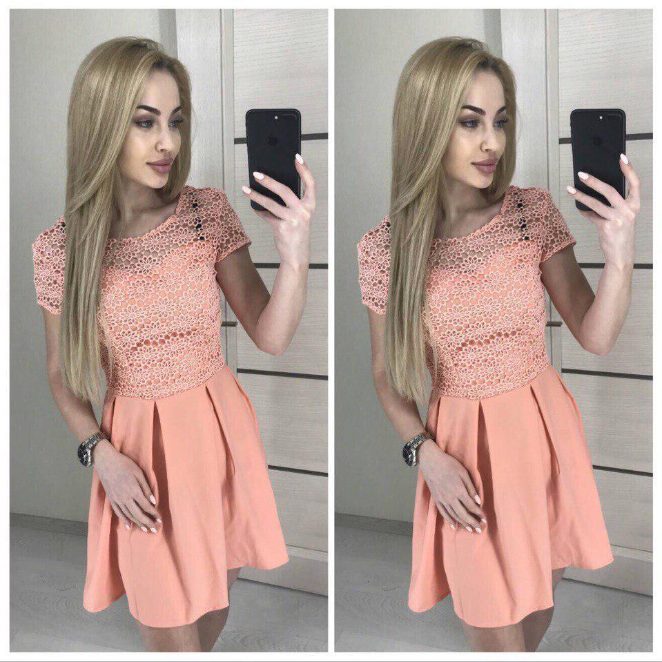 Легкое летнее платье с кружевом