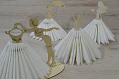 Деревянные салфетницы для оформления праздников