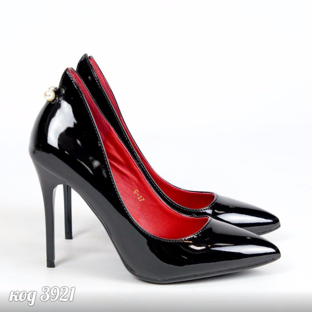 ee7be785570c Женские лаковые туфли лодочки черные с бусинкой  продажа, цена в ...