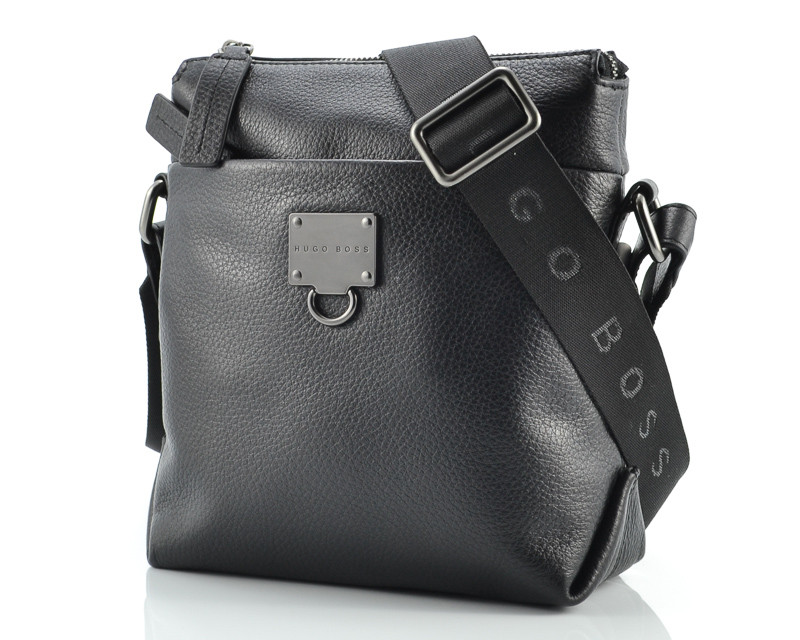 d31ac61f26d8 Кожаная мужская сумка Hugo Boss 5723, цена 2 860 грн., купить в ...