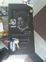 Фото на памятнике гравировка портретов на граните в Симферополе и Крыму