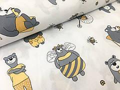 """Польская хлопковая ткань """"мишки с желтыми брюками на белом"""""""