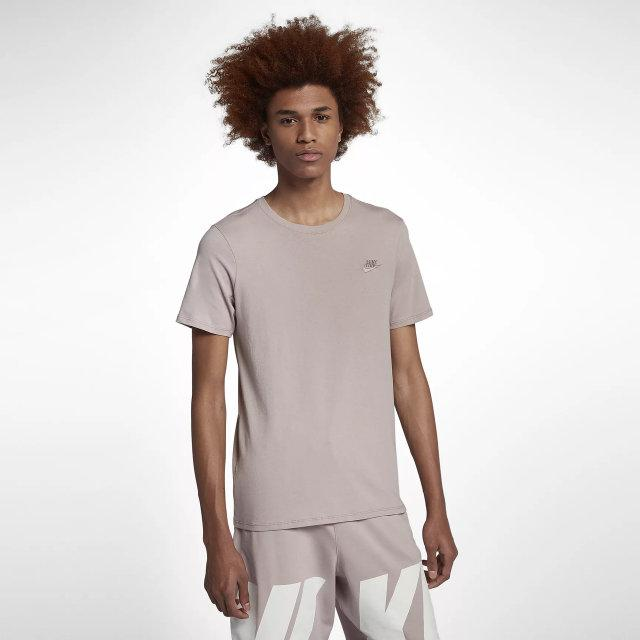 Футболка Nike M NSW TEE CLUB EMBRD FTRA  продажа be6a69eb8f5f3