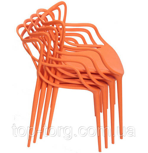 Пластикові Стільці Мастерс складаються один в один, штабелями. Купити стілець Masters в різних кольорах дешевше