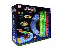 Автотрек Magic tracks + машинка с подсветкой, 164 детали (машинки, автомодели, игрушки для мальчиков)