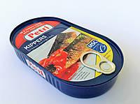 Копченое филе сельди в томатном соусе и с травами