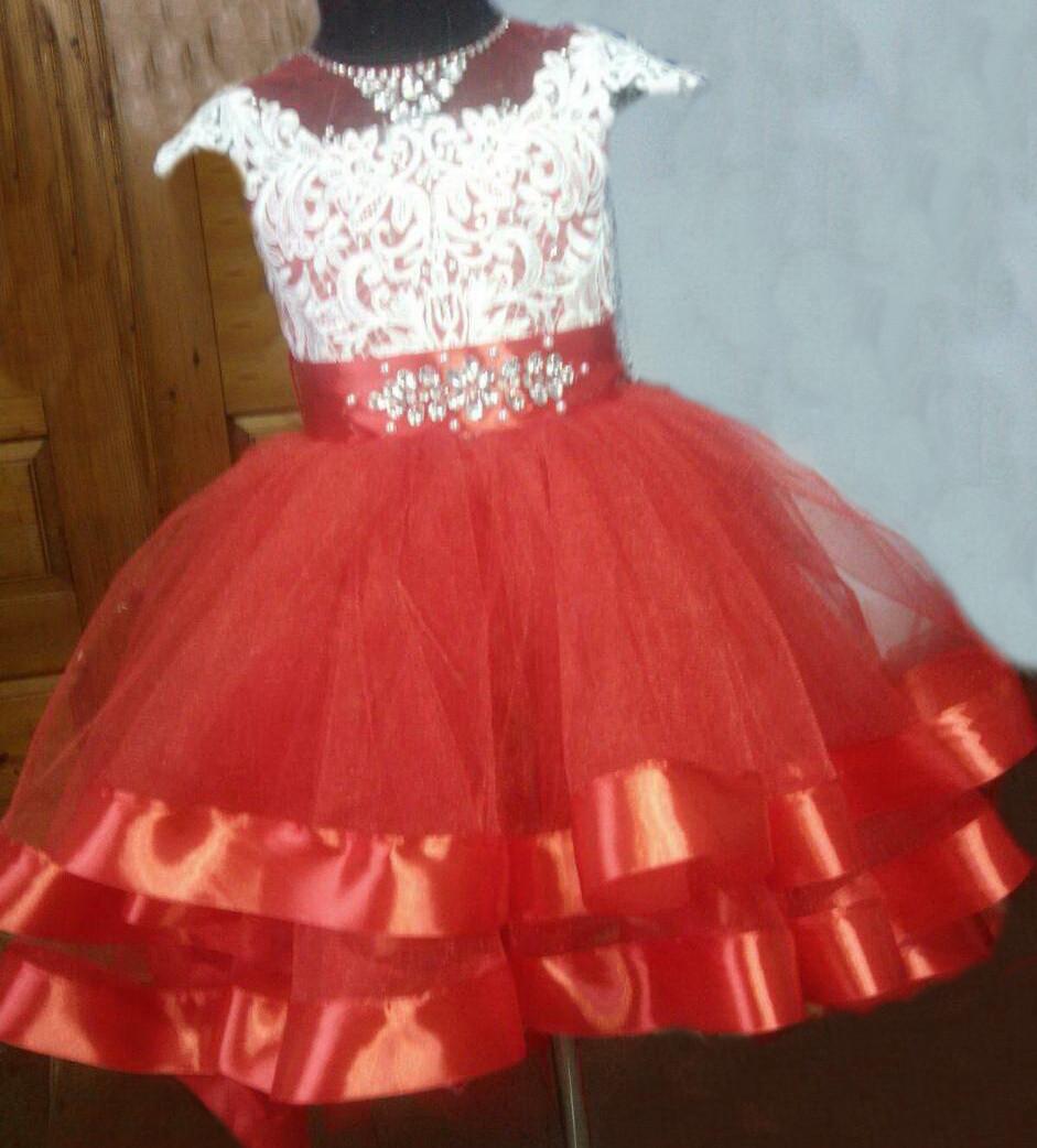 Детское пышное бальное платье для девочек на 7-8 лет.