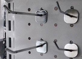 Крючок на перфорацию 3 мм 5 см