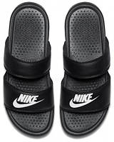 Тапочки женские Nike WMNS BENASSI DUO ULTRA SLIDE 819717-010