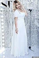 Длинное платье с короткими рукавами декорировано стразами на плечах батал