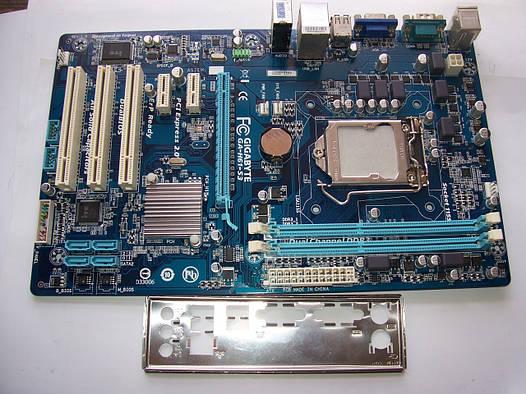 Gigabyte GA-H61-S3  Socket 1155 Б/У Полностью рабочая