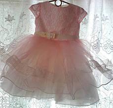 Детское праздничное нарядное кружевное платье из гипюра.