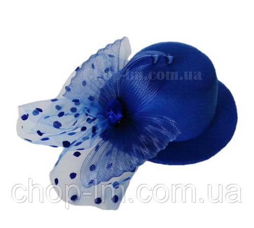 Шляпка с бантом синяя