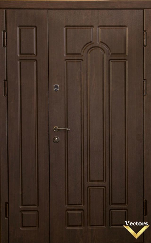 полуторная двухстворчатая входная дверь Very Dveri фото