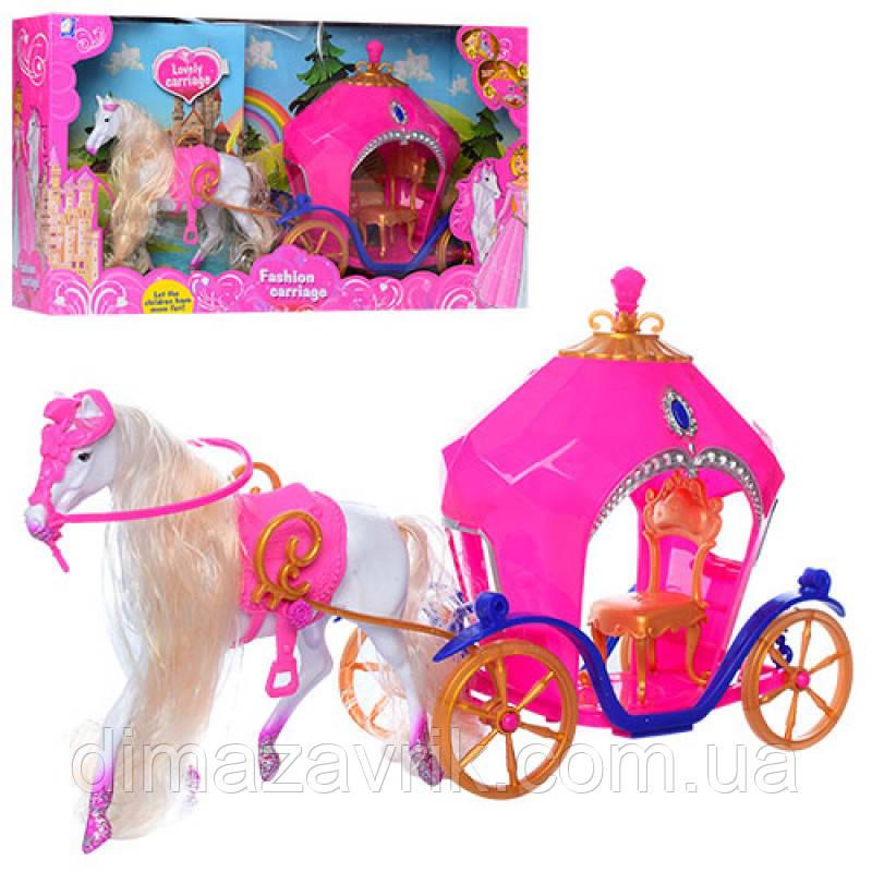 Карета 689-7 с лошадью 40 см, свет, на бат-ке, в кор-ке, 52-28-12 см