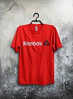 Красная мужская футболка Reebok с оригинальным принтом