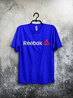 Синяя мужская футболка Reebok с оригинальным принтом