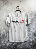 Белая мужская футболка Reebok с оригинальным принтом