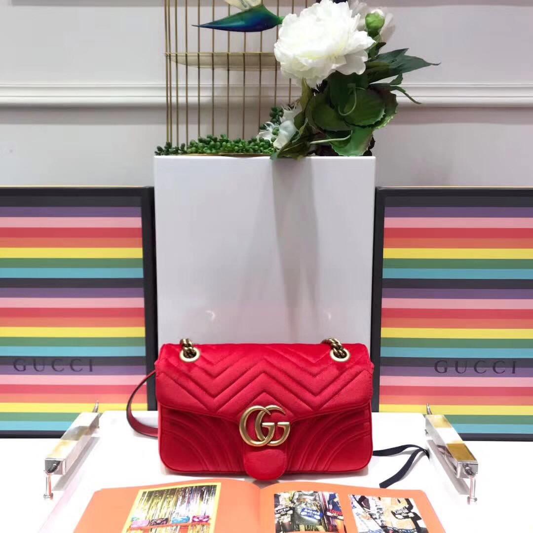 Женская стеганая сумкаGucci Marmont