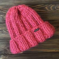 Шапка розовая из крупной нити ручной работы MoziOne