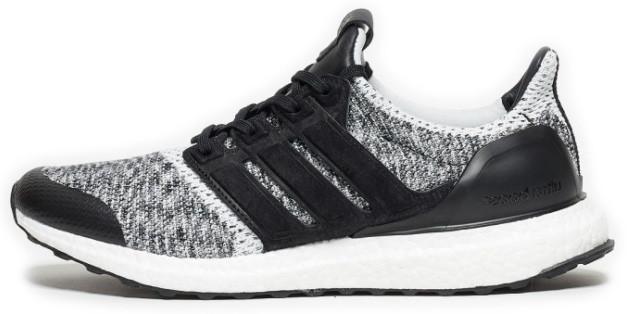 Мужскиекроссовки adidas Consortium SNS x Social Status Ultra Boost (Адидас Ультра Буст) черно-белые