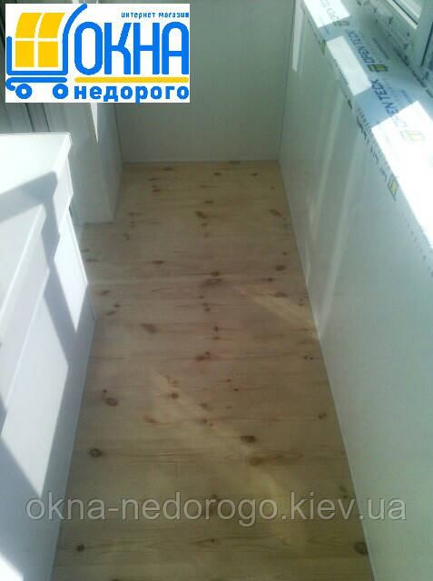 Внутренняя обшивка балконов (гипоскартон, дерево)
