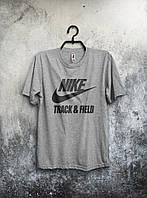 Серая мужская футболка Nike с оригинальным принтом
