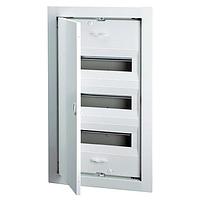 ABB UK530E. Щит на 36(42) модулей внутренней установки с металлической дверью