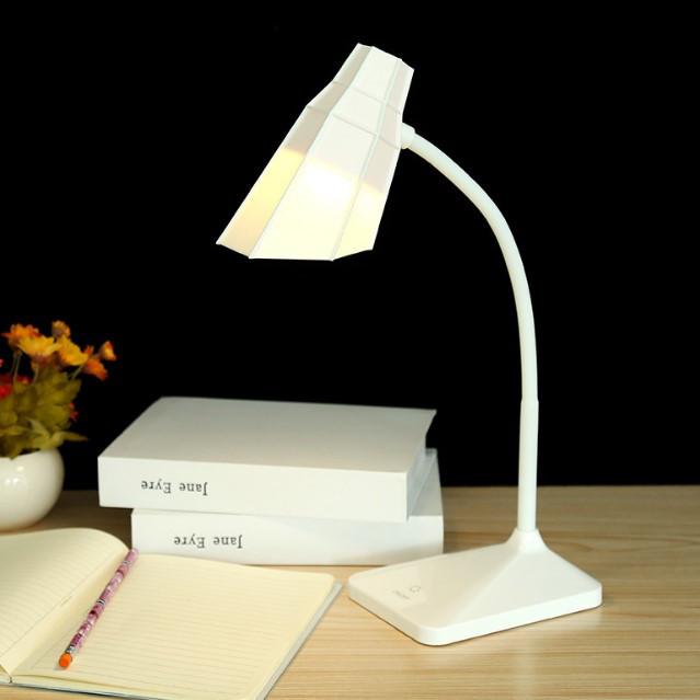 Лампа настільна акумуляторна LED біла