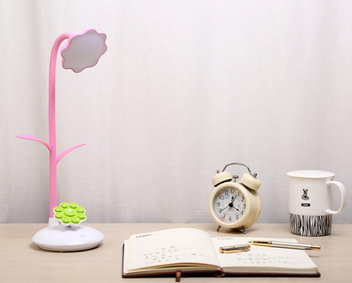 Лампа настольная LED с подставкой для телефона розовая