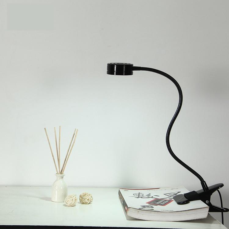 Лампа настольная светодиодная LED на прищепке черная