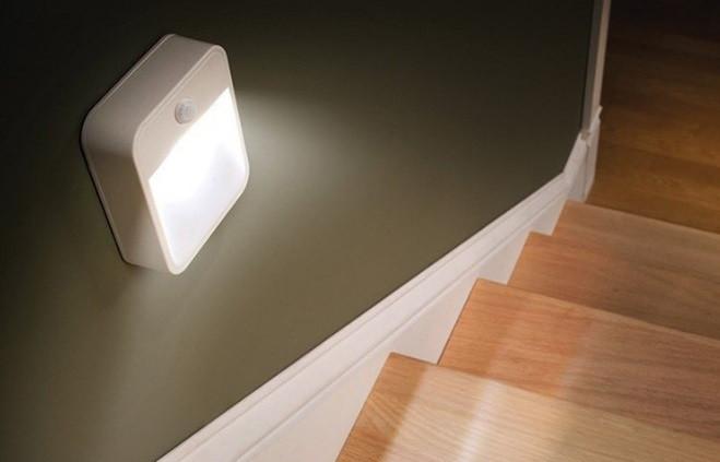 LED светильник с датчиком движения ночной светодиодный