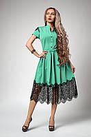 Изысканное женское платье с кружевом мятное