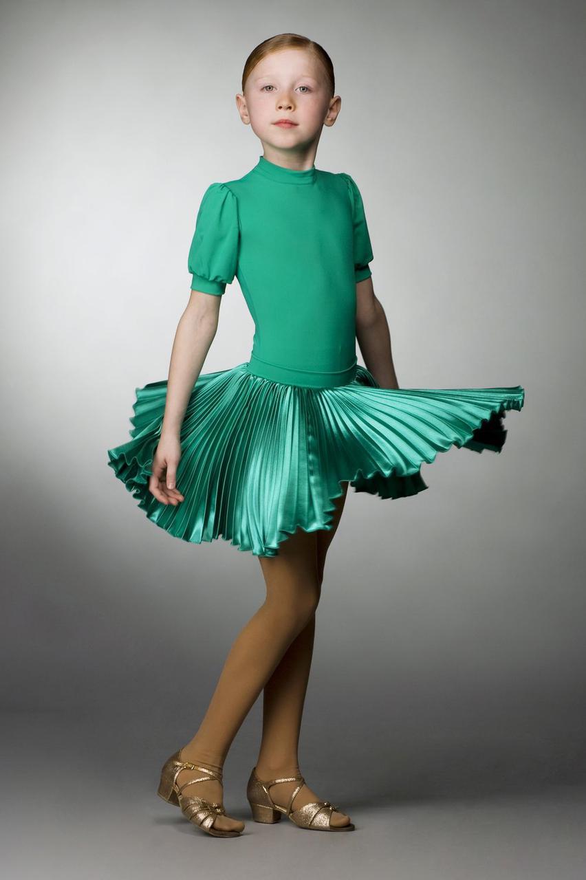 6eb3acfa004 Рейтинговое платье для бальных танцев (бейсик) с атласной юбкой 812 р. 38 -