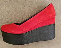 Casta! Стильные женские туфли на платформе красный замш танкетка обувь