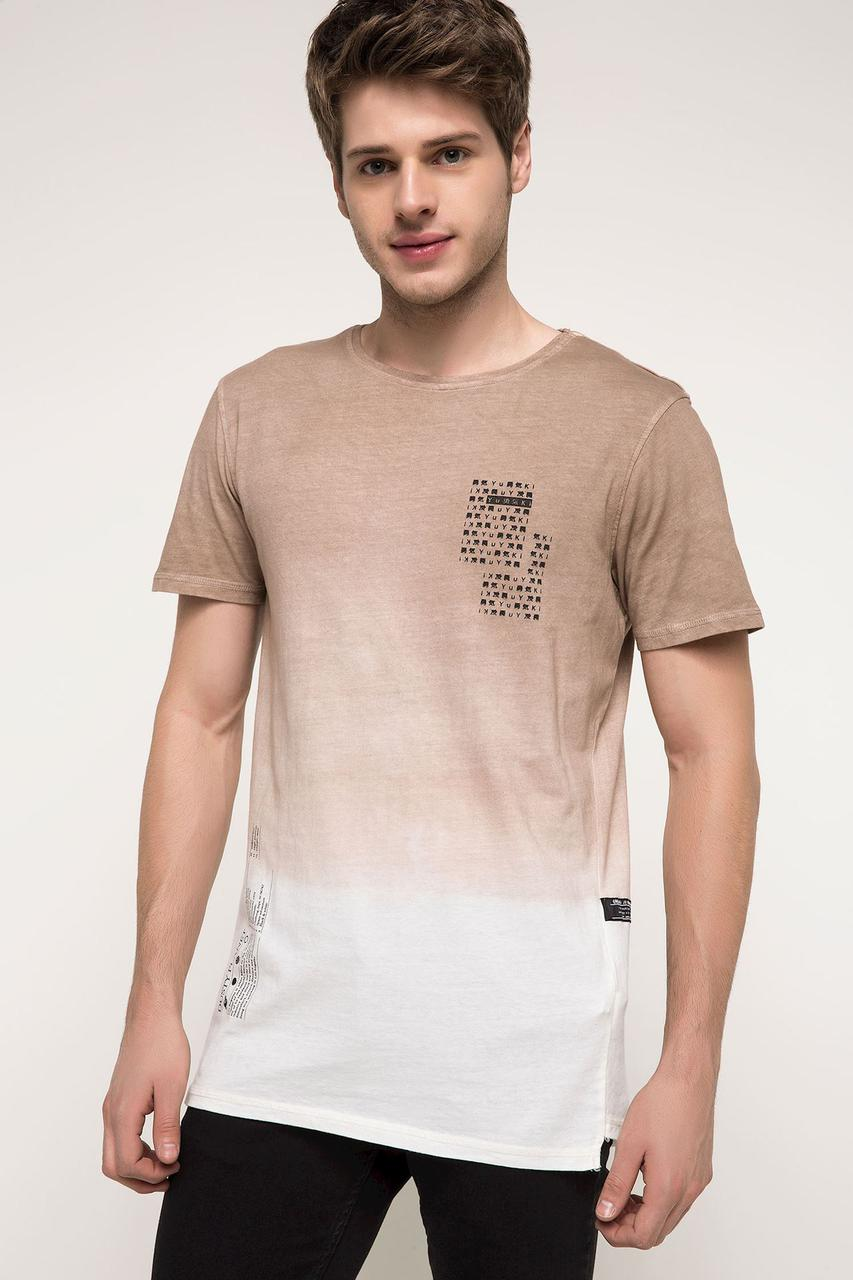 Кофейная мужская футболка De Facto / Де Факто с рисунком на спине