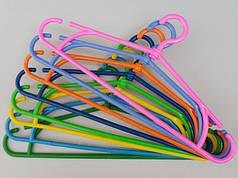 Плечики вешалки с пластмассовым крючком