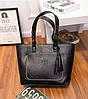 Жіноча сумка велика чорна з пензликом з екошкіри