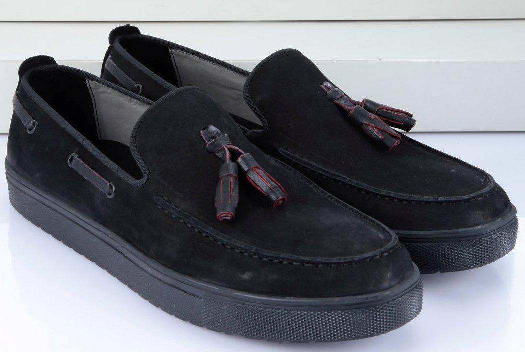 Черные модные мужские мокасины