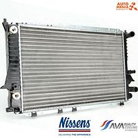 Радиатор на Ниссан Примера  (Nissan Primera)