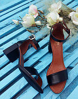 Женские босоножки из натуральной КОЖИ на устойчивом толстом каблуке 7 см черного цвета