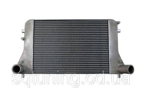 "Интеркулер TurboWorks VW Golf V Audi A3 579x419x36 2.5 ""Tube & Fin"