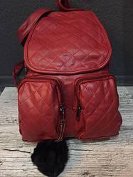 Жіночий рюкзак з хутряним бубоном (червоний)